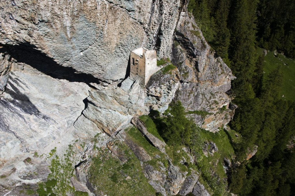 Surses GR, Marmorera, Burg Marmels, © azoom.ch, Martin Scheel, Chur